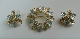 Vintage Signed Sarah Coventry Silver Tone & gold tone Leaves Brooch & Ea... - $31.67