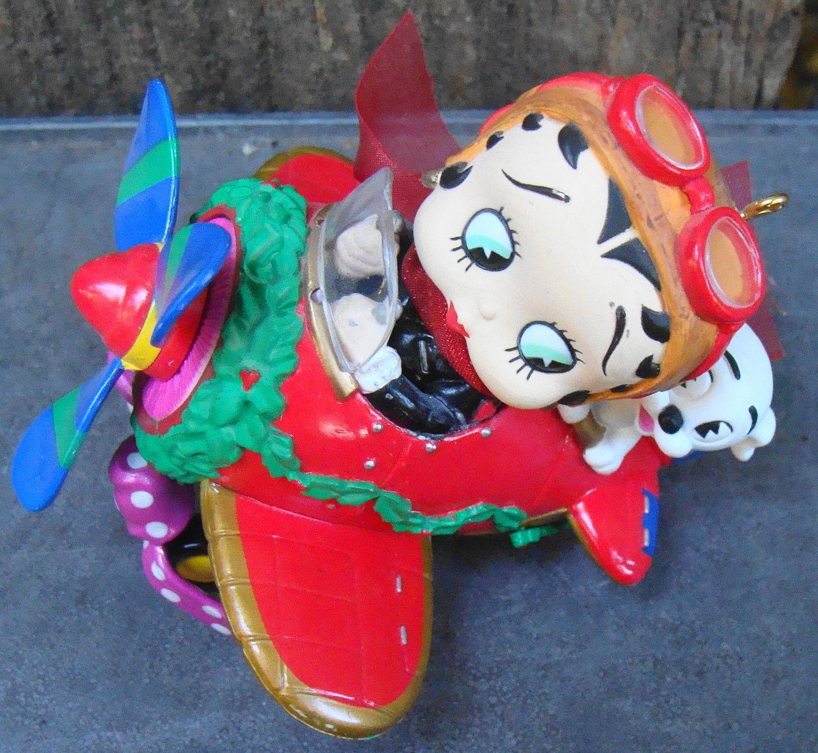 Carlton 2015 Sesame Street Light Up Ball Ornament
