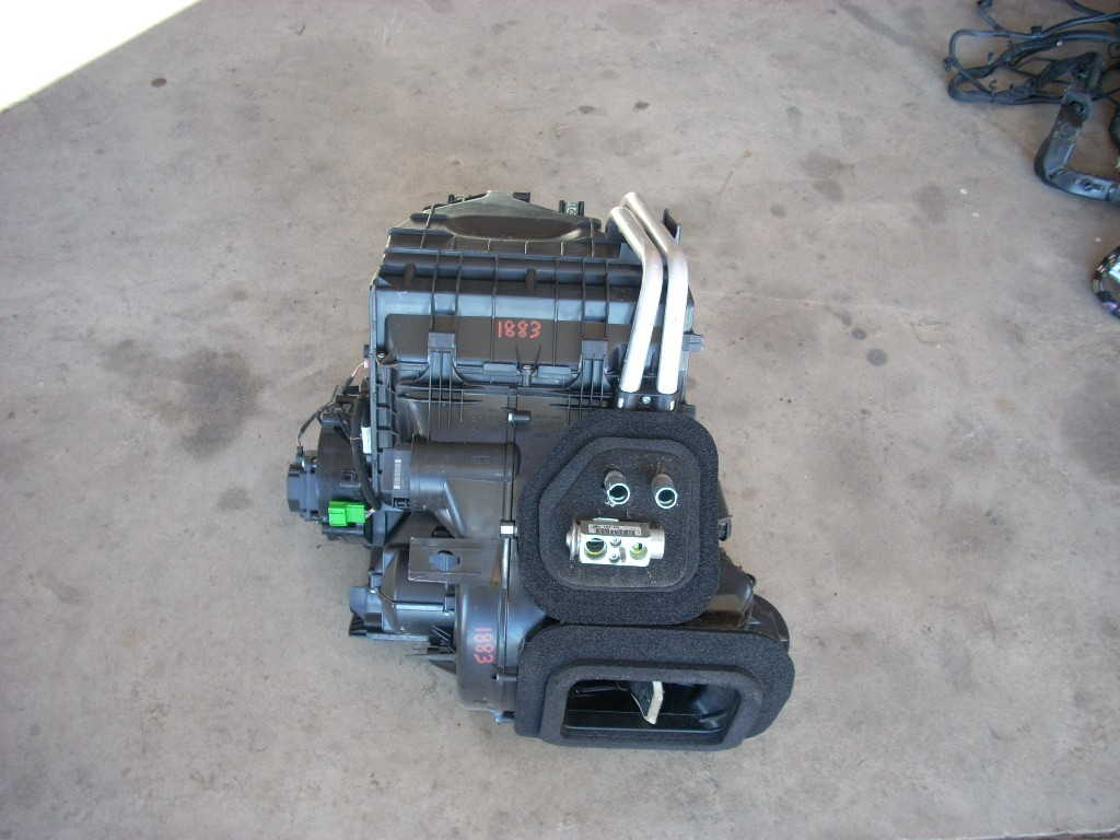 2012 VOLVO XC60 HEATER BOX ASSEMBLY 1K OEM