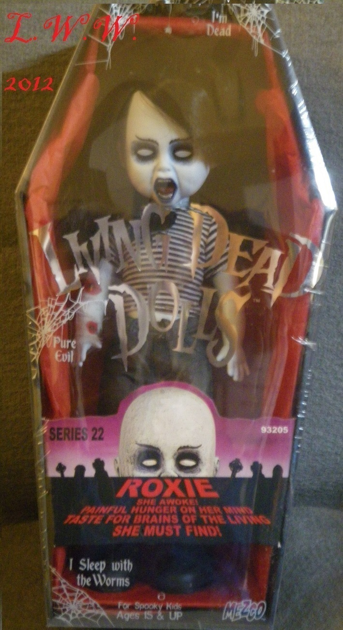Primary image for Living Dead Dolls Zombies Series 22 Roxie Gothic Morbid Anniversary