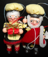 Hershey Kurt S Adler Christmas Ornament 1999 Santa and Mrs Claus Mail Or... - $12.99