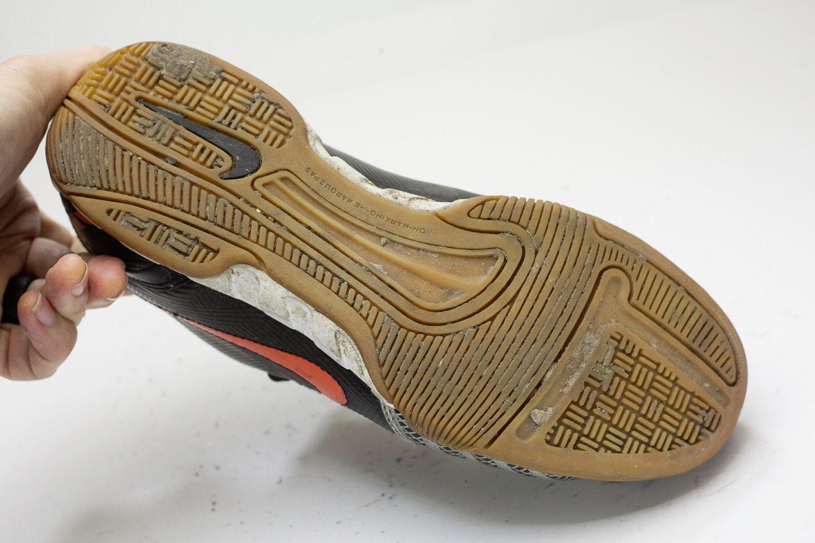 Nike 90 Size 7.5 Black Sneaker Men's