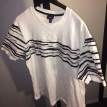 Woasiano XL White And Black Womens Casual Shirt New Without Tags Bin #3 - $8.59