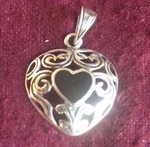 Lovely Silver Metal Filigree Heart Shaped Pendent With Black Heart Shape Stone W - $11.29
