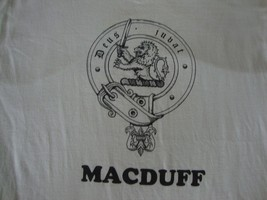 Vintage MACDUFF Deus Jubat God Assists Scotland Scottish heritageT Shirt... - $22.13 CAD
