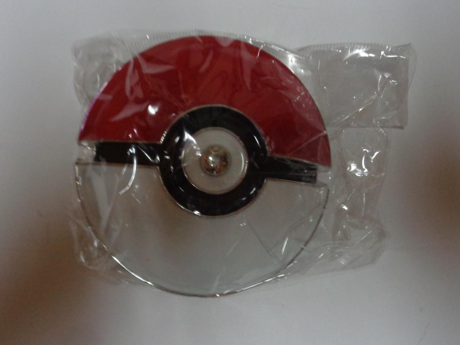 Pokemon Go Poke Ball Enamel Belt Buckle NIP