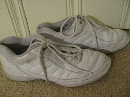 Easy Spirit ES Jumper White Leather Walking Sneakers Womens Size 9 Narro... - £3.91 GBP