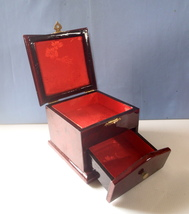 Vintage lacquer wood jewelry trinket box 2 compartments brocade linning ... - $45.00