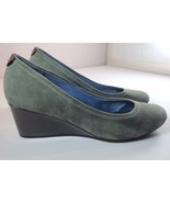 Rockport Womens 7 M Wedge Heel Gray Suede Slip On Shoes - $44.95