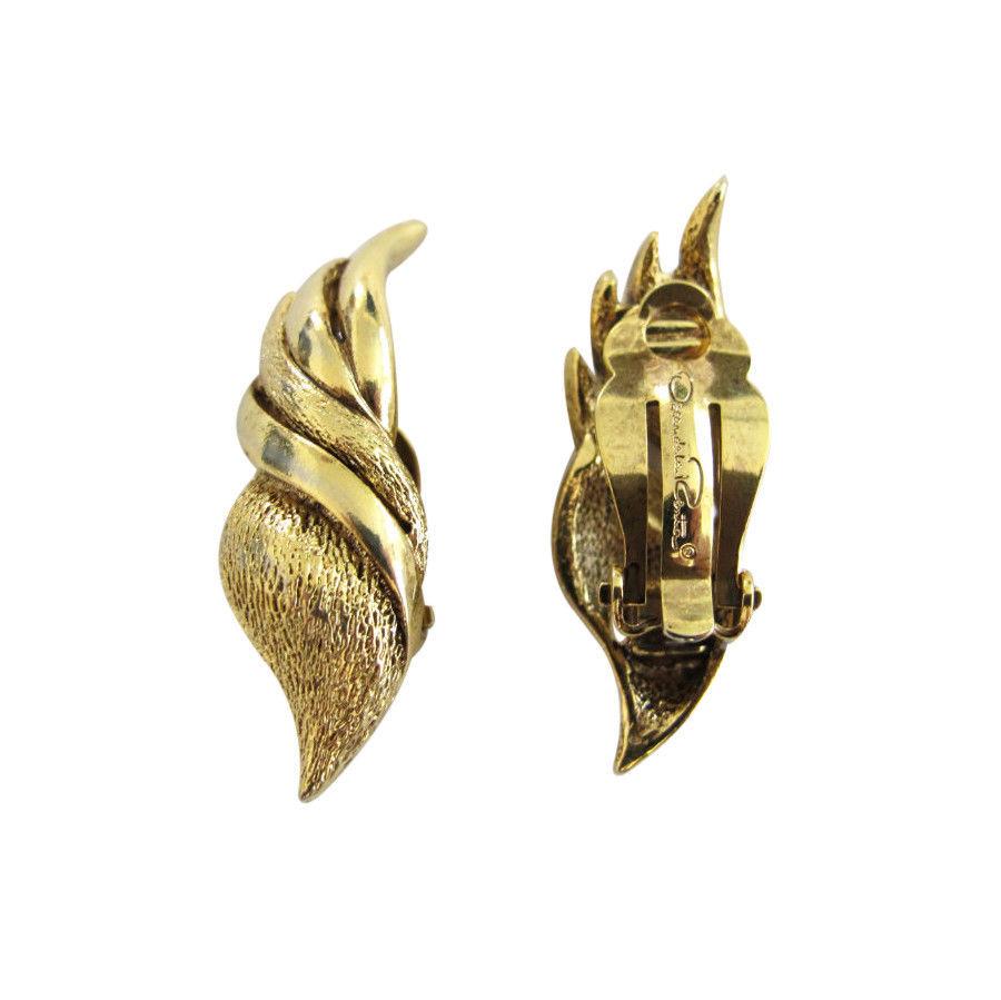 Vintage Gold Tone Oscar de la Renta Earring Clips