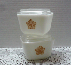 Vintage Pyrex Golden Butterfly Refrigerator Dish w/Lid - Yellow and Whit... - $18.50