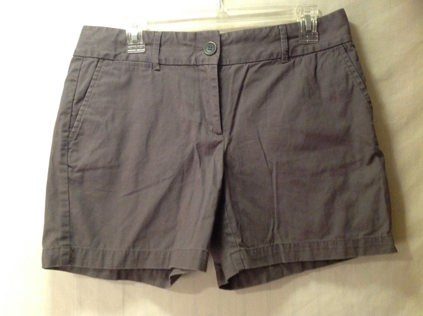 Ann Taylor LOFT Simple Gray Shorts Size 6