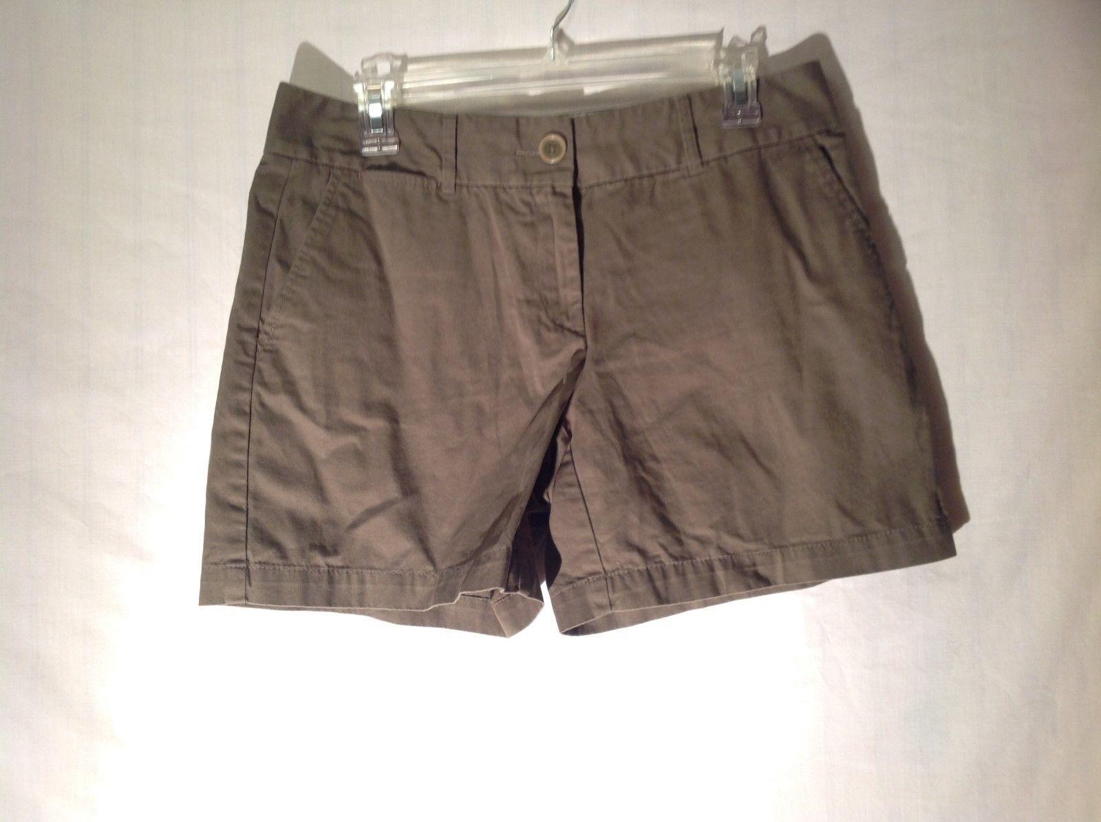 Ann Taylor LOFT Green Gray Ladies Shorts Size 6