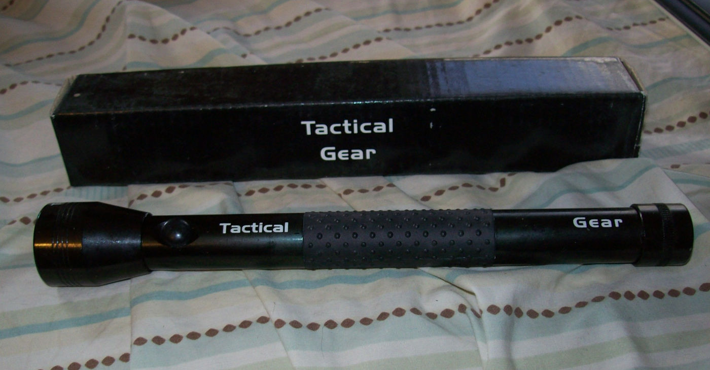 TACTICAL GEAR 3 LED FLASHLIGHT