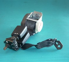 2012 Ford Focus Hatchback Passenger Right Rear Seat Belt Oem - $50.00
