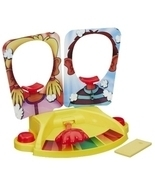 Pie Face Showdown Game  by Hasbro - $588,40 MXN