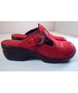 BOC Born Womens 10 / 42 Mules Red Textured Leather Shoes - $49.95