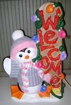 VINTAGE~CHRISTMAS~WINTER~CERAMIC~WELCOME~PENGUIN~PLASTIC PEG LIGHTS~SANT... - $18.69