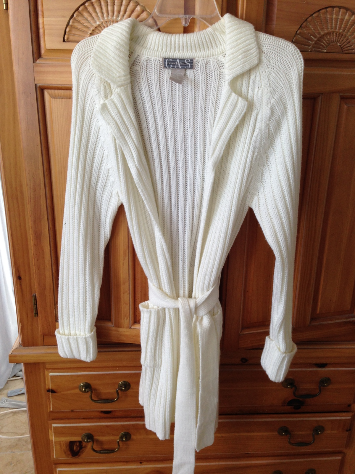 Women's Cream Belted Long Sweater Size Medium By GAS Sweaters - $39.99