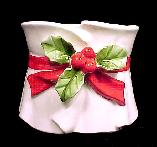 65256a lefton china christmas holly berries planter flowe pot candy dish japan vintage
