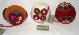 Felt Applique Beads Ornament Christmas Holiday Country Creative Midwest ... - $26.72