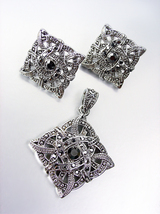 EXQUISITE Victorian Silver Marcasite Crystals Pendant Earrings Set - $29.99
