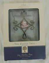 HALLMARK 2002 Keepsake Ornament The Family Tree Joy Smiles Fun Vintage - $4.25
