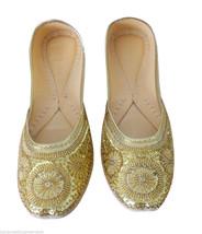 US 7 WOMEN SHOES GOLDEN FLIP-FLOPS INDIAN HANDMADE JOOTI LEATHER MOJARI ... - $44.99