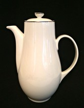 Syracuse Coffee Pot Chevy Chase Porcelain 8 inches Tall Teapot Made in USA - $133.64