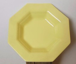"Independence Daffodil Rimmed Soup Bowl Set of 2  8"" - $16.00"