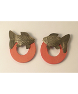 Silvertone Fish On Red Wood Circles Pierced Ear... - $6.00