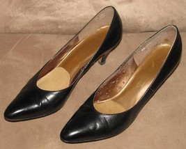 Ladies BLACK Leather HEELS PUMPS Shoes Size 8 1/2 AA/AAA Naturalizer - $24.99