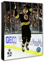 Sean Kuraly 2018-19 Bruins NHL Playoff Action -16x20 Photo on Stretched ... - $94.95