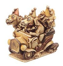 "Harmony Kingdom ""ROAD DOGS""  CIRCUS RETIRED 1996-MINT - $39.95"
