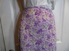 Medium Express Skirt Purple White Floral  Lined Knee Length - $22.76