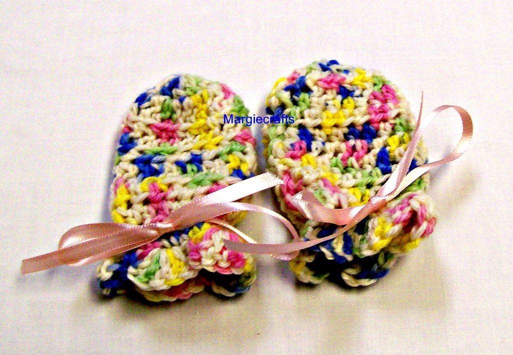 Baby Girl Clothing, Hat, Mittens, Crochet, Handmade, 3-6 Months, Baby Accessory