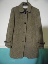 Liz Claiborne Size 4 Brown White Tweed Coat  White  Brown Piping Mid Length - $69.30