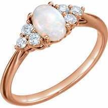 Original Opal & 1/5 Karat Diamant Ring in 14k Rosegold - $553.25