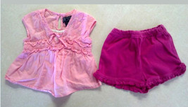 Cute Girl's Size 6-9 M Month 2 Piece Pink Floral Top & Shorts Ruffled TCP Outfit - $10.00