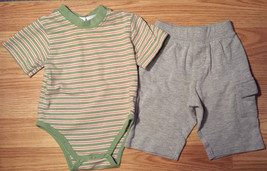 Boy's Size 3-6 M Months Two Piece Green/ Cream Striped Top, Gray Circo P... - $13.25