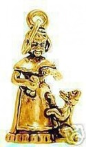 LOOK Gold Plated Old Mother Hubbard Dog Puppy Charm Jewelry - $415,14 MXN