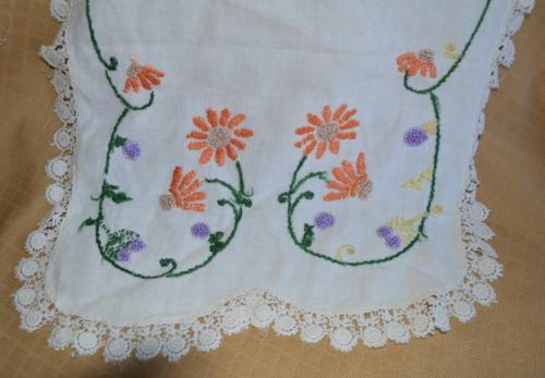 Vintage Shabby Chic Dresser Scarf Doily embroidery orange flowers