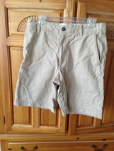 men's shorts by saltwater chinos size 32 tan - $36.99
