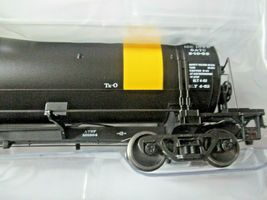 American Limited # 1839 Santa Fe GATC Tank Car As Delivered #101304 HO Scale image 3