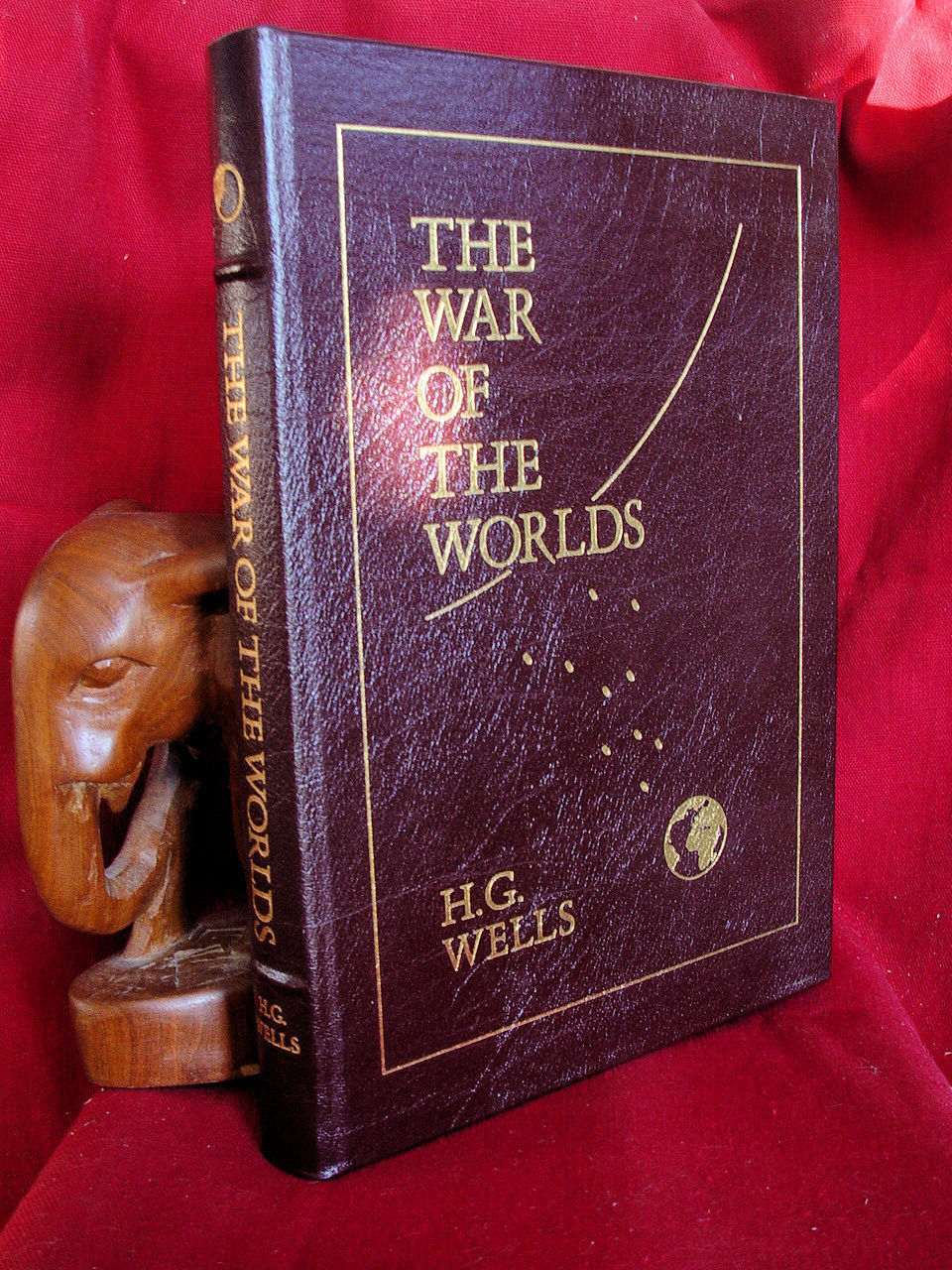 H. G. Wells THE WAR OF THE WORLDS Easton Press 1st Prtg 1964 Signed RAY BRADBURY
