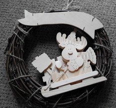 Christmas Holiday Wood Wreath Reindeer Paint De... - $15.00