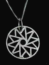 COOL Celtic HEALING CIRCLE OF LIFE Silver charm Jewelry - $18.35