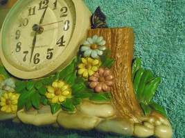 Burwood Productions 1983 Wall Clock Kitcsh Mail  Flowers Plastic image 3