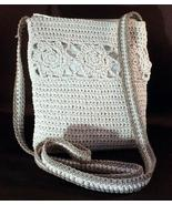 Beautiful Tara Vanessa CROCHETED SHOULDER BAG - WOW!  - $11.99