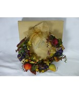 Avon The Gift Collection Harvest Wreath in Original Box 2000 - $19.78